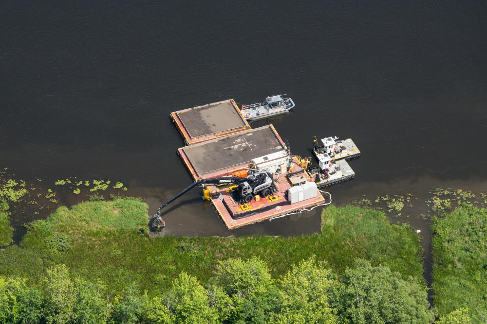 Hudson River Environmental Remediation Dredging